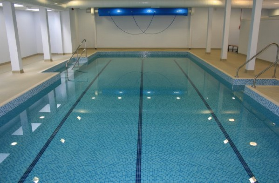 School swimming pool servicing showcase london swimming for Pool design classes