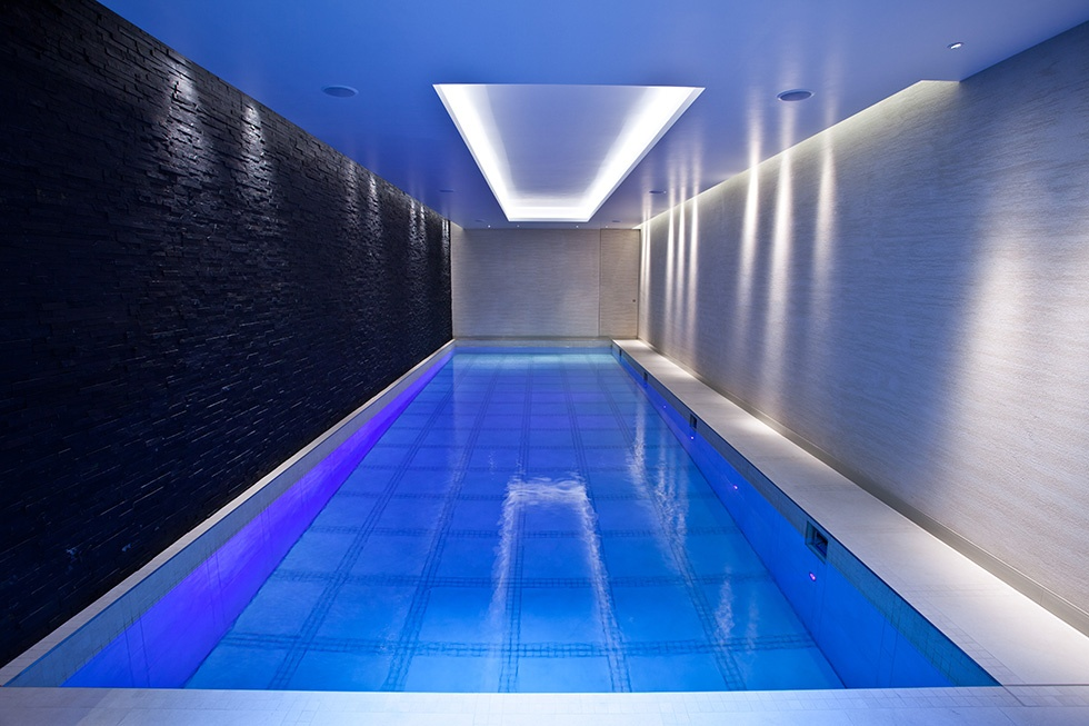 Moving Floor Swimming Pool Servicing Showcase London