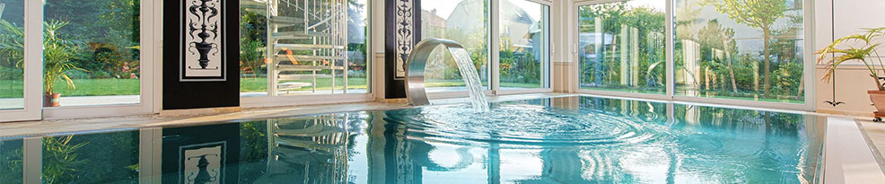 swimming pool servicing London